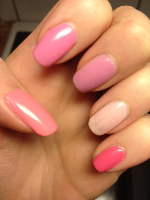 Vänster hand nagellack