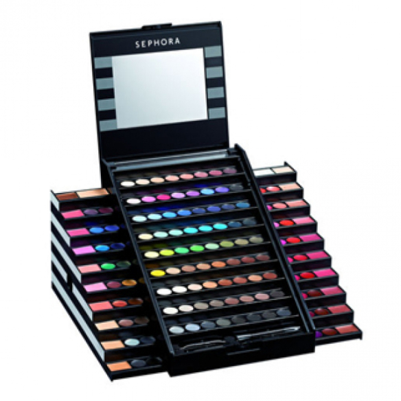 1-make-up-academy.640.32631.640.35465