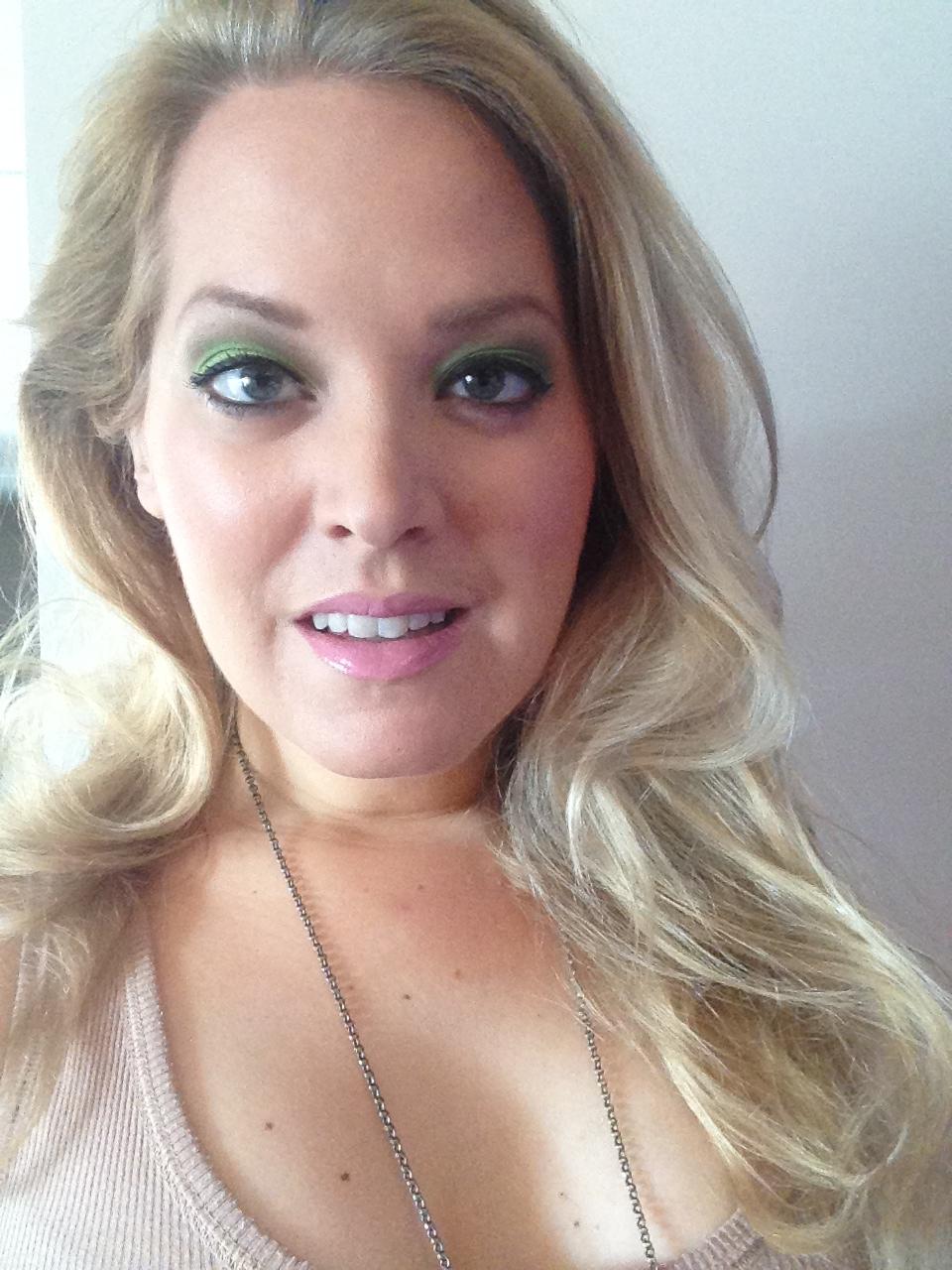 Elin Fagerberg grön ögonskugga