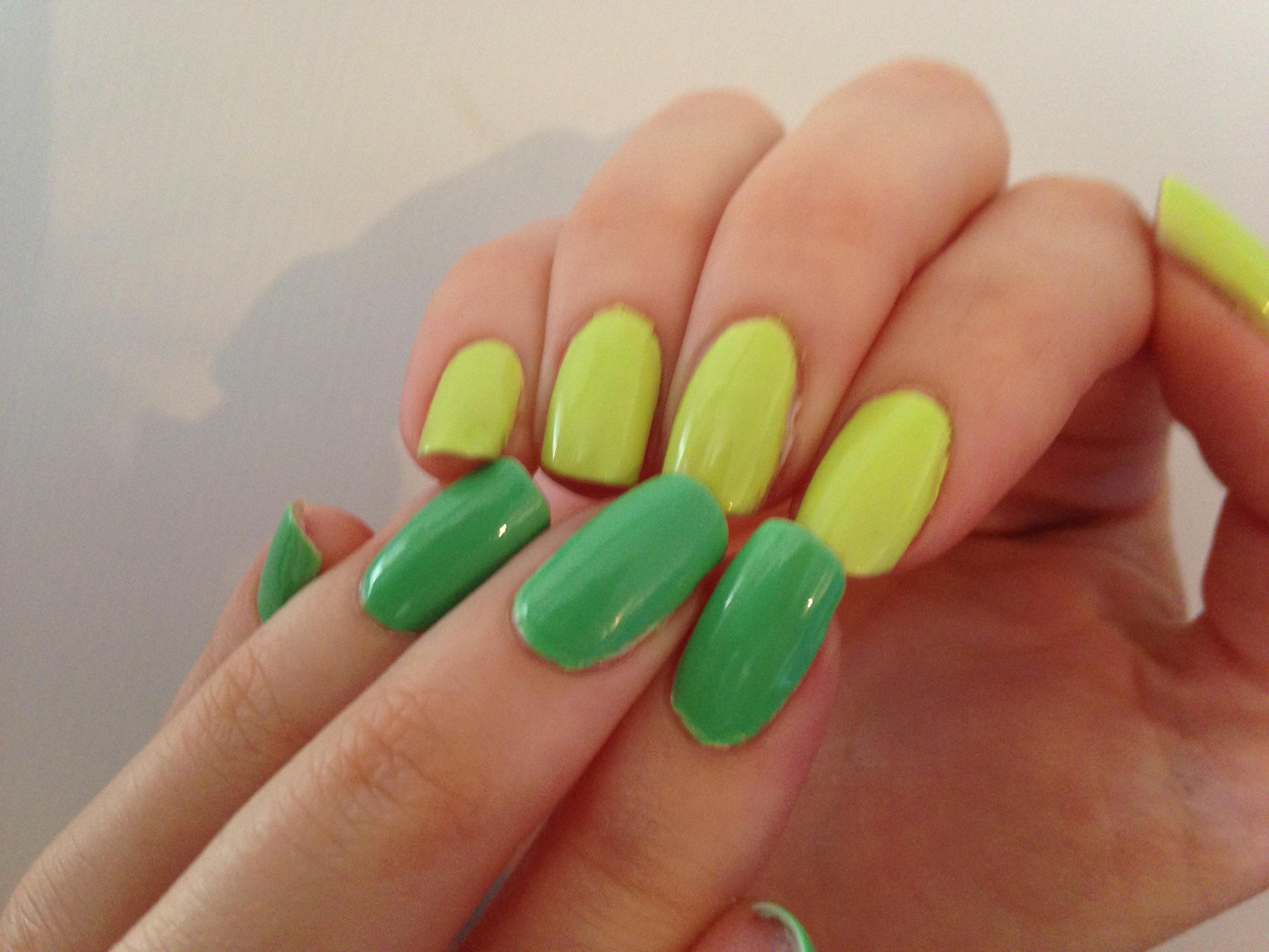 OPI Neon Skönhetsblogg