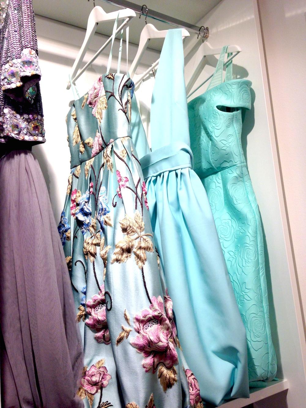 Asos turkosa klänningar