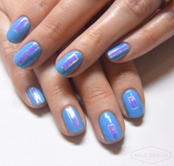 Elin Fagerberg skönhetsblogg blå naglar