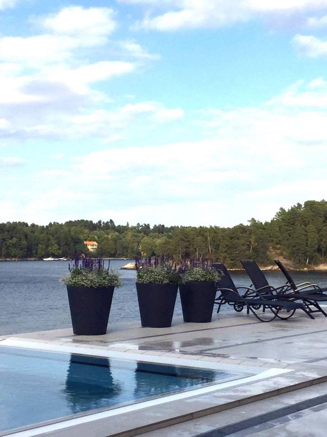 Skepparholmen spa pool och hav