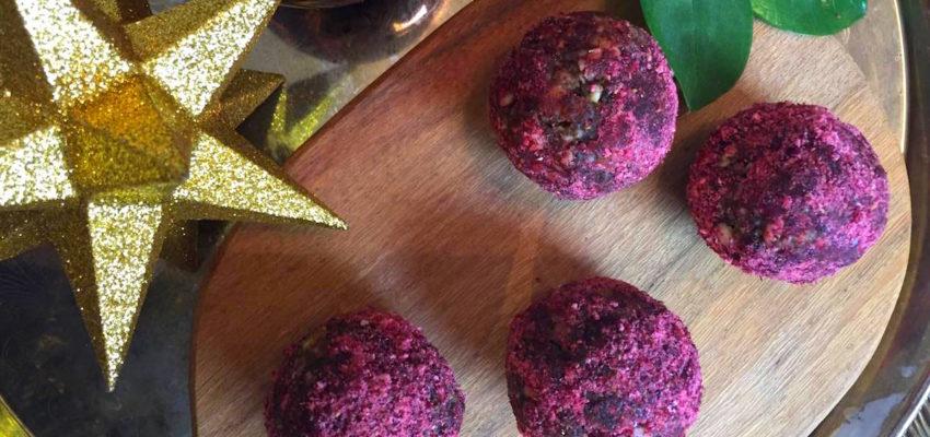 sockerfritt-julgodis-nyttiga-rawbollar