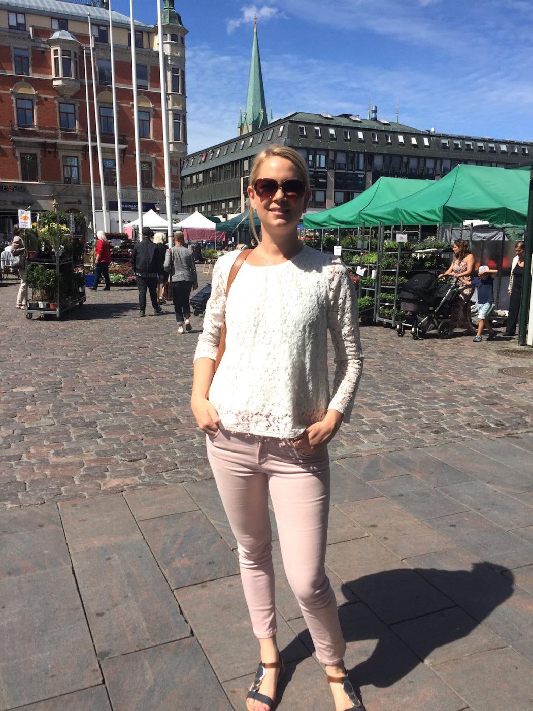 kort kvinnor umgänge i Linköping