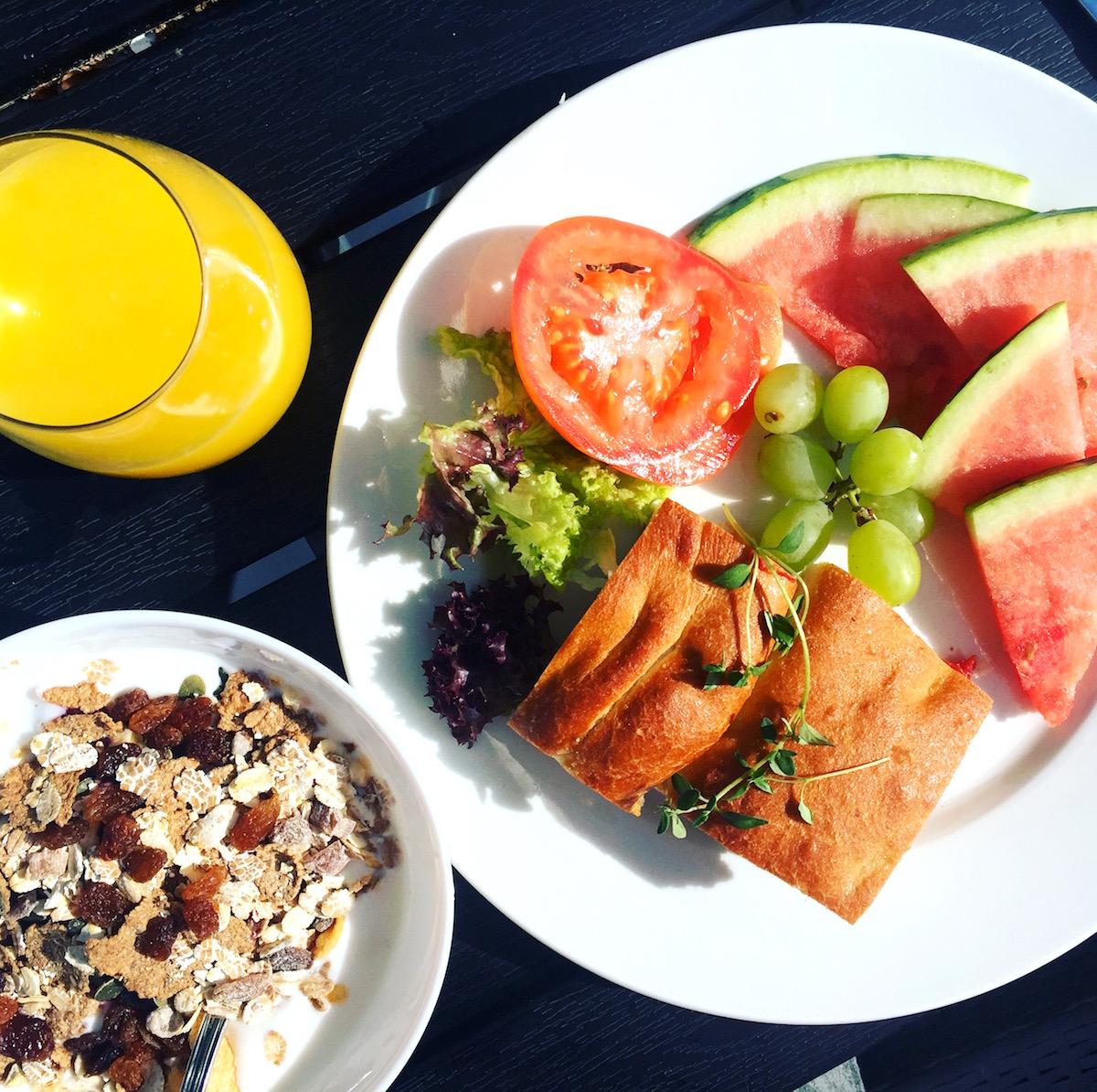 Frukost på ekoxen hotell i Linköping