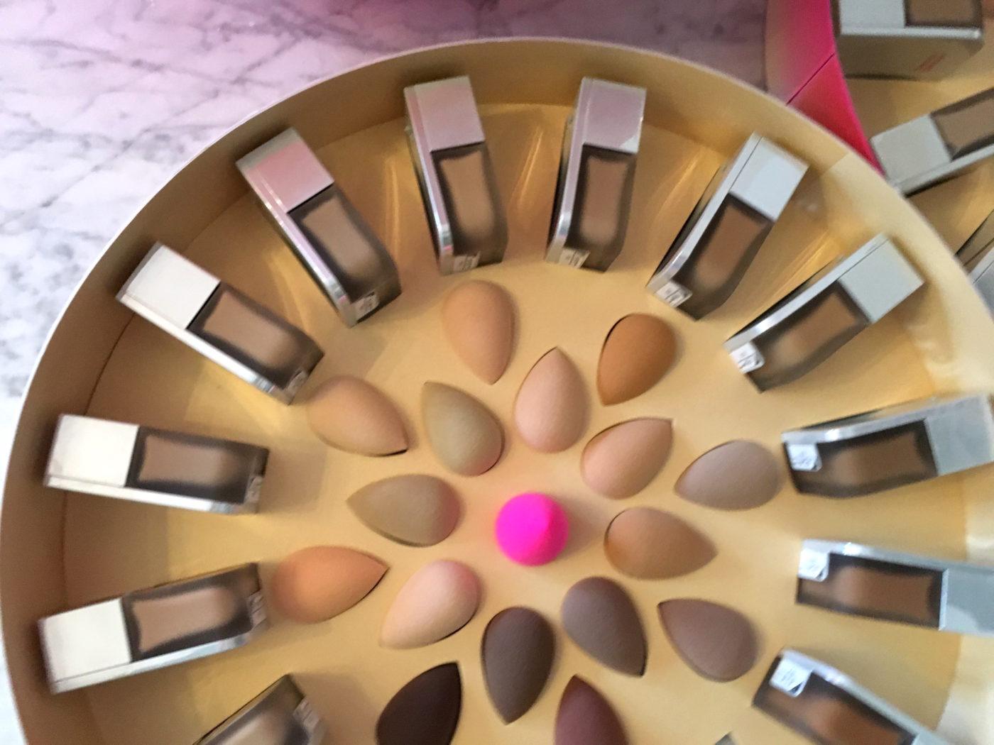 Beautyblender bounce lanseeras i 40 nyanser