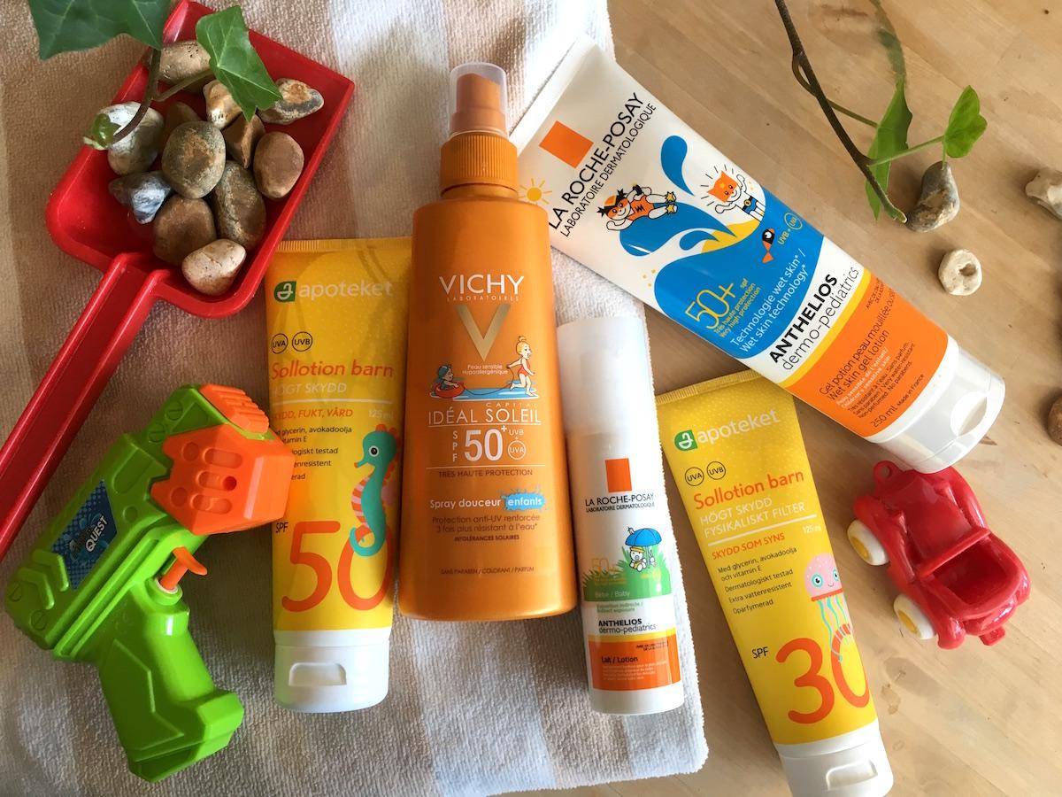 UV-skydd för barn i både spray och kräm.