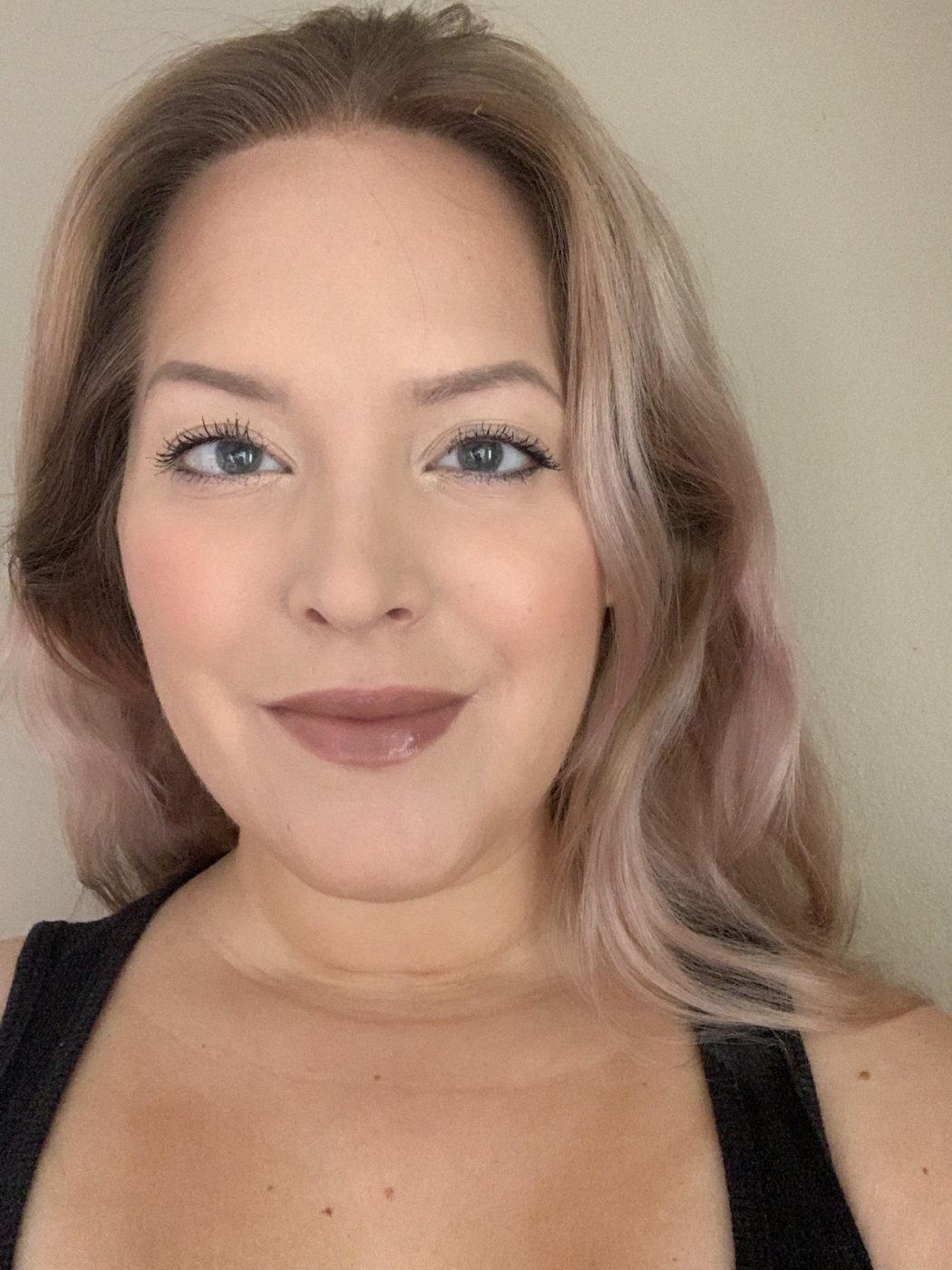 Elin i Fantastick Lipstick Famous