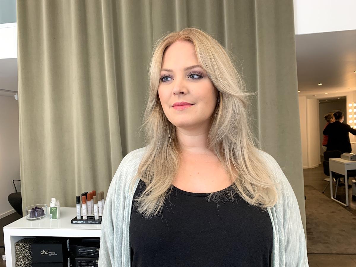 inpackning för torrt lockigt hår