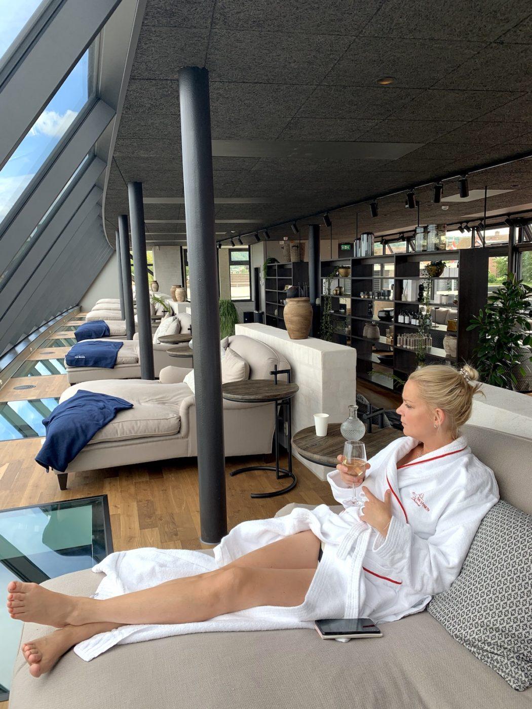 Cissi i loungedelen