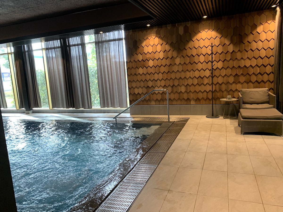 Wellbox har en inomhuspool i sitt spa