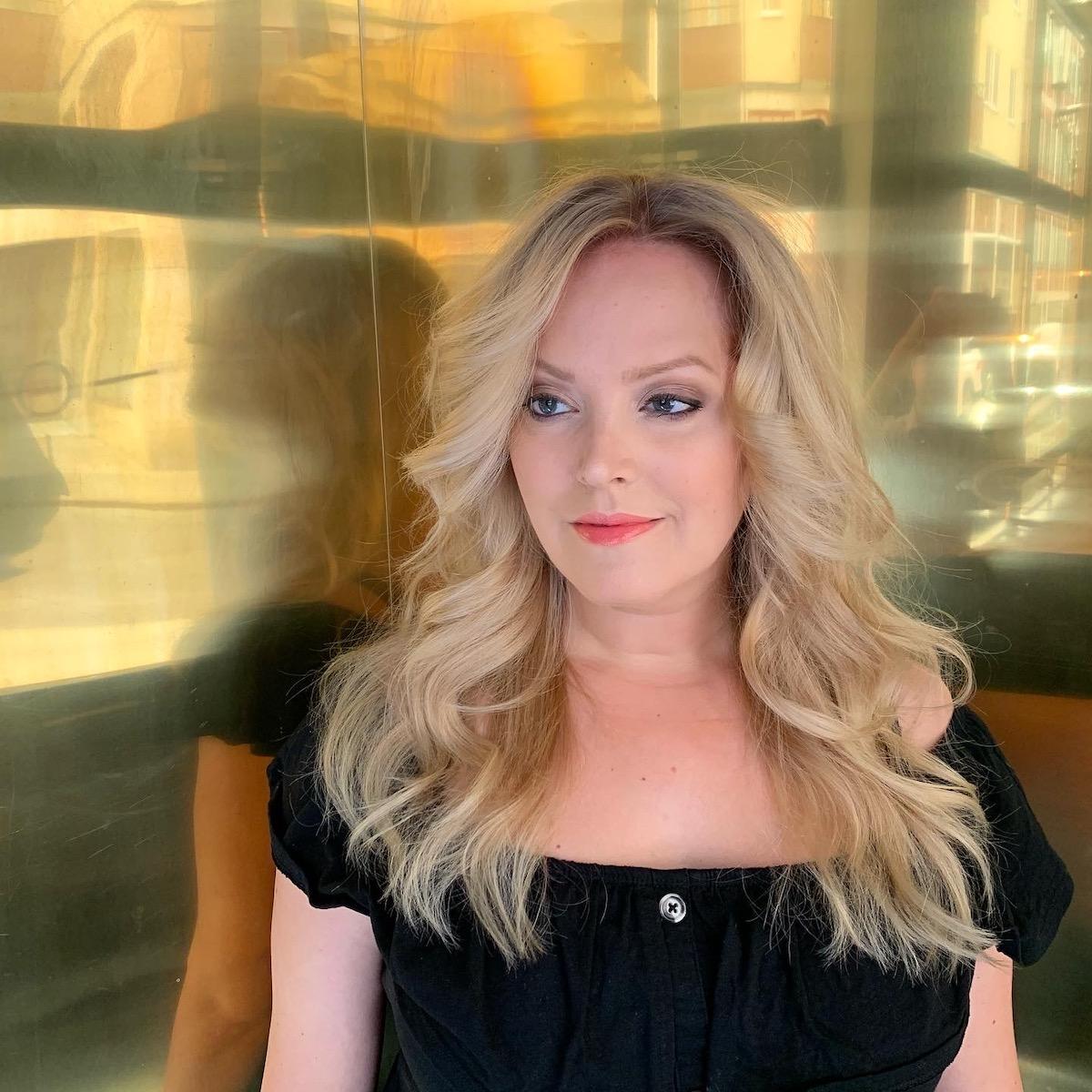 Elin Fagerberg skriver om slitet hår
