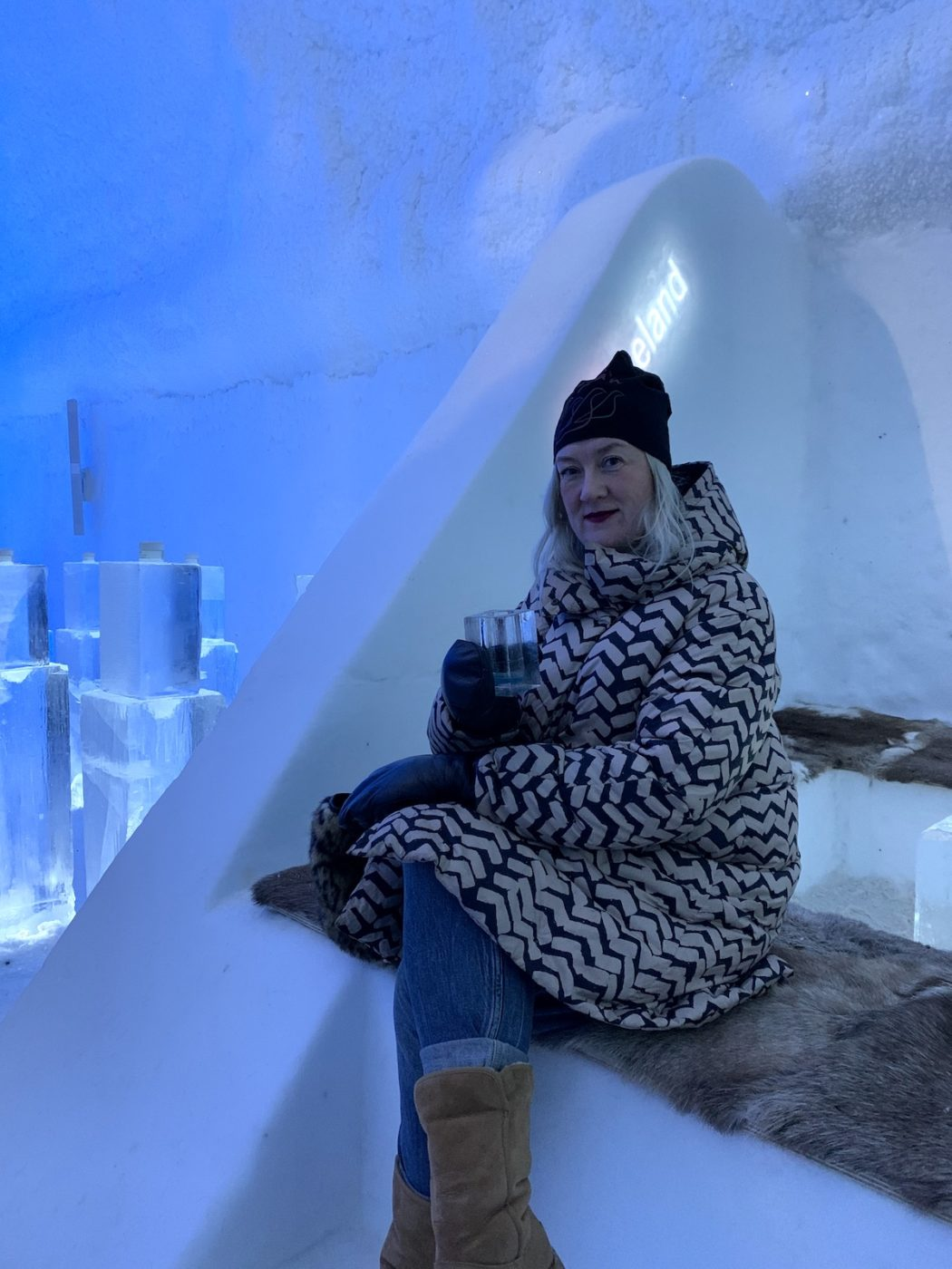 Kicki Norman på ishotellet utanför Kiruna