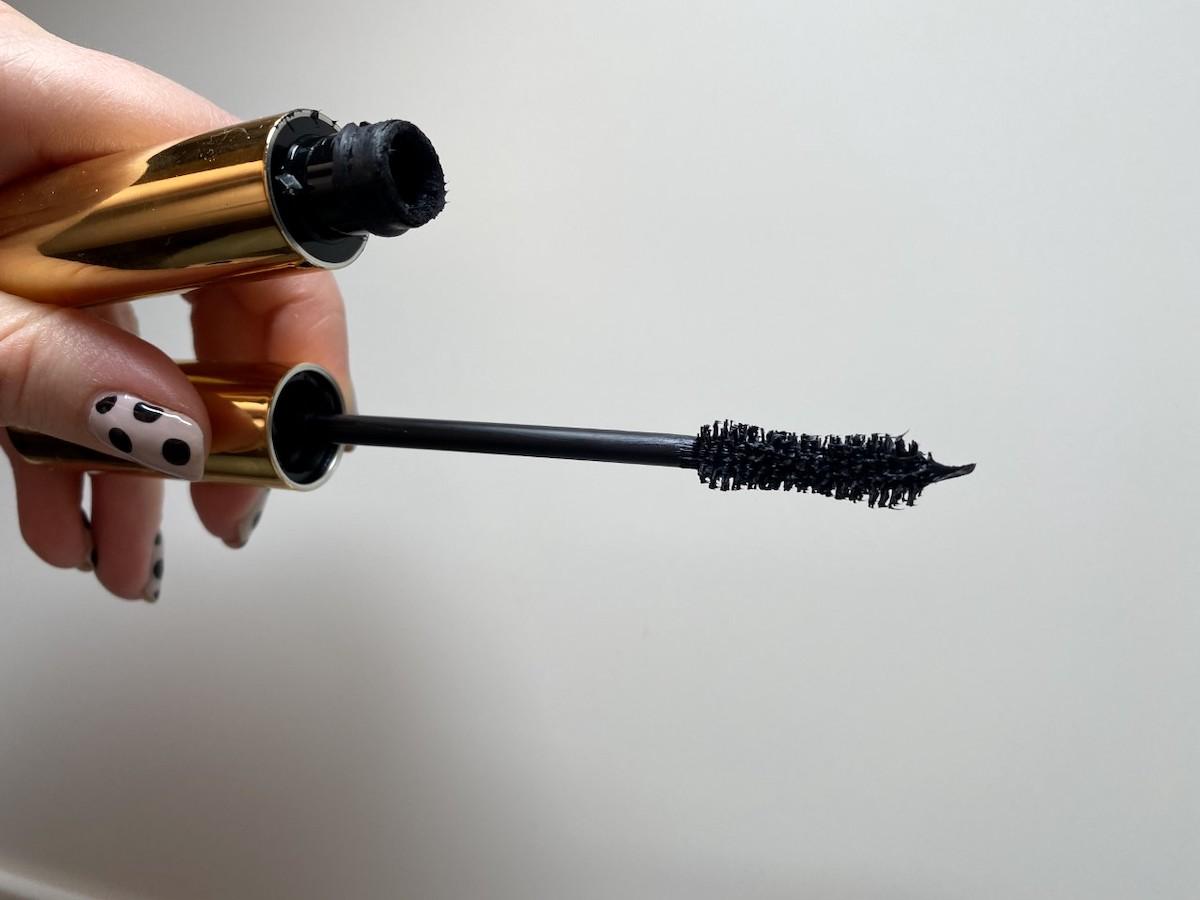Bild på borsten från Fetisheyes mascara från Pat McGrath.