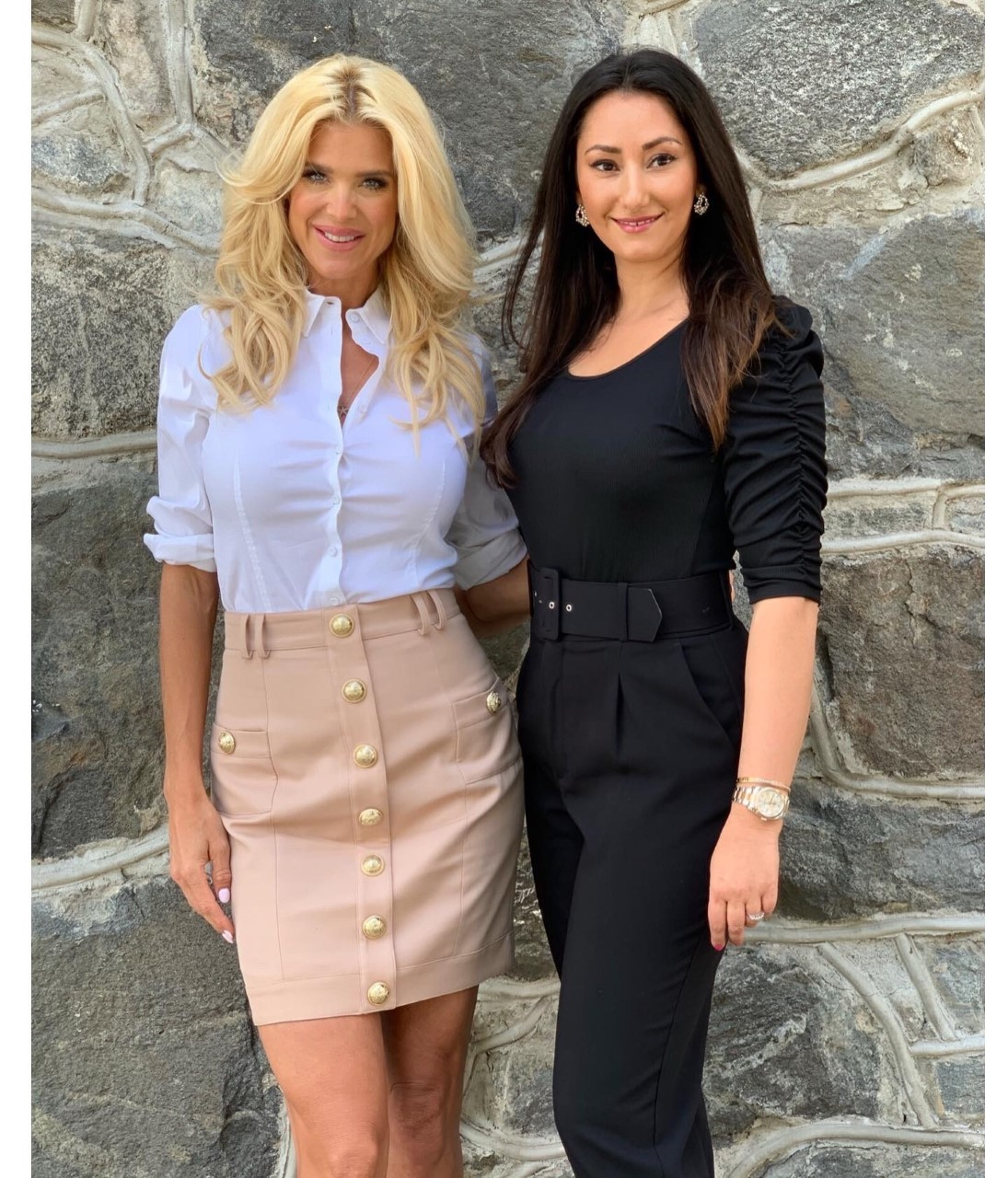 Bild på Victoria Silvstedt och Jasmine Lundqvist, entreprenören bakom Baseofsweden